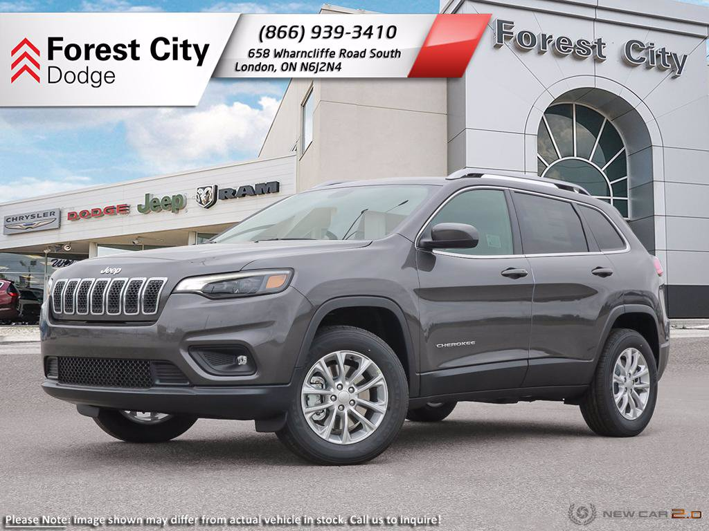 Pre-Owned 2019 Jeep Cherokee North | DEMO