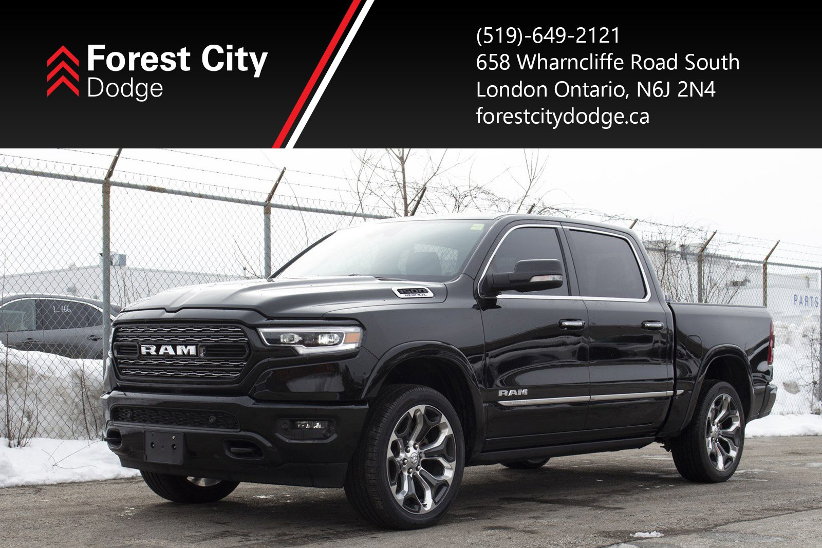 Pre-Owned 2019 Ram 1500 LIMITED, LEATHER MOONROOF, CHROME WHEELS, HEATED STEERING WHEEL